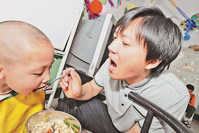 智障儿童洗脸流程步骤